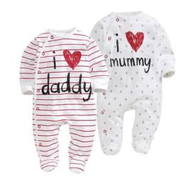 Amo la ropa de papi online-2017 nuevo estilo mamelucos del bebé niño niña de algodón de manga larga ropa recién nacida letra I Love Mummy Daddy Jumpsuit ropa de bebé
