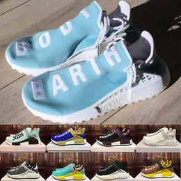 2019 zapatos de puesta a tierra 2018 Body Earth BBC Holi Cream Human Race trail Zapatillas de correr Hombres Mujeres Pharrell Williams HU Runner Igualdad Resplandor deportivo Trainer Sneake zapatos de puesta a tierra baratos