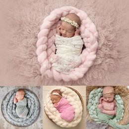 Manta de bebé hecha a mano online-Nuevo 1 PC Manta hecha a mano Manta de tejer de Lana Suave Fotografía de Bebé Recién Nacido Apoyos de la Foto Telón de Fondo Alfombra de Ducha de Bebé Toalla
