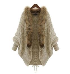 Maniche in poncho invernale online-Autunno Inverno Donna Cardigan Maglione Scialli Big Wraps Manicotto a pipistrello Cardigan in maglia Collo a scialle di pelliccia Maglione Poncho Mantello