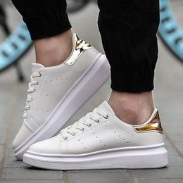 Wholesale Casual Fall - 2018 NEW Luxury Casual Shoes Black White Pink Gold Designer Comfort Pretty Mens Shoes Casual Leather Shoes Men Women Sneakers