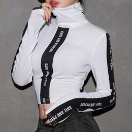 Gola alta on-line-High street outono inverno mulheres casual carta de gola alta impressão listras camiseta t-shirt crop top feminino jersey camiseta WH3100W08