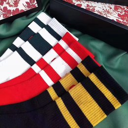 Wholesale Wholesale Flat Boots - men designer socks black red blue stripe with 100% cotton top quality casual socks 2 yellow +2 green+1 red 5pair box with orginal box