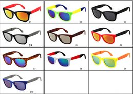 Wholesale Wholesale Folding Frames - 2017 premium brand glasses foldable hiking Traveler Sunglasses folding Wayfarer Sunglasses Fashion Sunglasses Wholesale