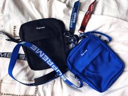 Canada sup Fashion Man Femmes sup 18ss 44th SHOULDER BAG poitrine pack sacs de mode Sacs à bandoulière simple taille 4 couleurs nouvelle version 102 nouveaux haks Offre