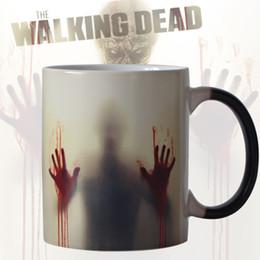Wholesale change hand - Newest Design Zombie Color Changing Coffee Mug Heat Senstive Magic Tea Cup Mugs Walking Dead Bloody Hands Gift