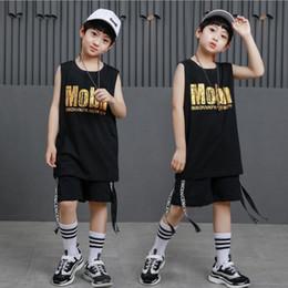 Meninas dança shorts preto on-line-Garoto preto Solto de Algodão Salão de baile Hip Hop Dança Competição Trajes T Shirt Tops Shorts para a Menina Menino roupas de Dança desgaste