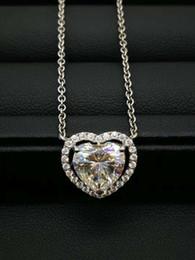 diamante colar de pingente de forma coração Desconto Nova Chegada 9k, 14k, 18k Ouro Coração Romântico Forma Pingente Colares Corte Do Coração Moissanite Certificado Diamante D / F Cor Com Um Certificado