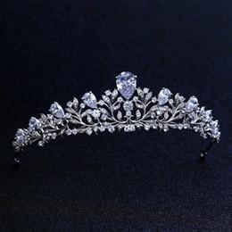 2019 diadema de circonia De calidad superior nupcial dama de honor de la boda Cubic Zirconia niñas blanco plateado zircon tiara corona / diadema para Prom S918 rebajas diadema de circonia