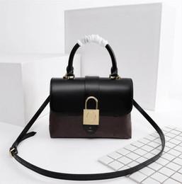 bolsos de flores negro Rebajas LUJO Marca de las mujeres Mini bolso de la letra de la flor bolsas de hombro rojo y negro tamaño 23 * 17 * 8 cm modelo M43577
