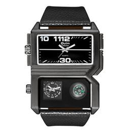 Relógios oulm on-line-Oulm Dois Fusos Horários de Discagem Dupla dos homens Relógios Tamanho Grande Bússola Decorativa Relógio Do Esporte Masculino Casual PU De Couro De Quartzo Relógio De Pulso