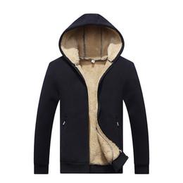 Теплый мех для шеи для мужчин онлайн-Большой размер новое прибытие зима утолщение толстовки мужчины повседневная куртка меховая подкладка твердые теплые молнии пальто толстовки Мужские парки