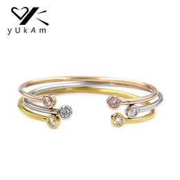 Bracelet de torsion d'or en Ligne-YUKAM Bijoux Femmes Torsadées Cristal Strass Manchette En Acier Inoxydable Extensible Filaire Bracelets Bracelets Argent Rose Or