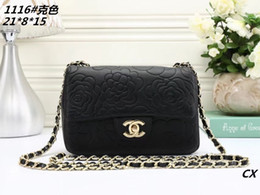 Wholesale decorated dresses - 2018 Brand New High Quality Fashion Women Handbags Bow Decorate Shoulder Chain Bags Tote PU Leather Handbags College Style Party Bag A557