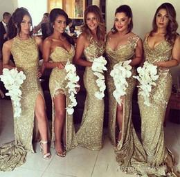 Estilo sirena más tamaño vestidos de dama de honor online-Vestidos de damas de honor brillantes con lentejuelas doradas 2019 Apliques de joya divididos Largos 5 estilos Vestidos de fiesta de invitados de boda de sirena Tallas grandes personalizadas