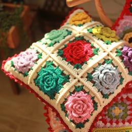 2019 almohada de ganchillo hecha a mano Cojín de ganchillo hecho a mano diseños de jardines de la princesa cojín de la silla descripción almohada cootton flor cuadrado 40 * 40 cm con relleno de color mutuo rebajas almohada de ganchillo hecha a mano