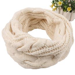 bufanda de gasa estrellas blanca Rebajas Nueva marca de invierno para mujer Convertible Journey Infinity Scarf con bolsillo para todos los partidos Moda para mujer Bufandas