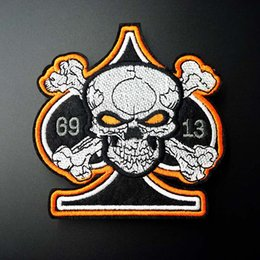Wholesale diy clothes - Skull DIY Patch Badge Embroidered Cute Badges Hippie Iron On Kids Cartoon Patch For Clothes Stickers