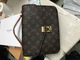 Bolsos de cuero bordado online-Bordado Bolsas de mensajero de las mujeres Bolsos de cuero Bolsos para mujeres 2019 Sac a Main Ladies Hand Bag