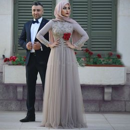 Wholesale Flower Hijab Green - 2018 Muslim Evening Dress Hijab Lace Long Prom Gowns Full Sleeves 3D Flower 2018 Dubai Abaya Middel East Formal Party Dress