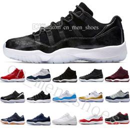 new style 95ff2 43e78 Hommes pas cher 11 Chaussures de basket-ball hommes femmes high gym rouge  minuit bleu métallisé or Barons université bleu faible concord Varsity Red  Sneaker ...