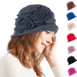 Sombrero del cubo del invierno de las muchachas online-Gatsby floral de las mujeres de los años 20 Flapper Girl Style gorro de lana de invierno Beretie Cloche Bucket Hat A287
