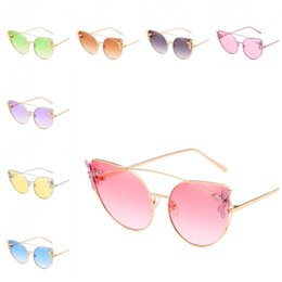 Wholesale Transparent Polarized Glasses - Personality Bee Decoration Sunglasses Transparent Lens Cat Eye Sun Glasses UV Protection Summer Beach Spectacles For Women And Men 16jr B