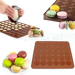Wholesale cake circles wholesale - 30 Circle Macaron Silicone Mat Multifunction Dessert Muffin DIY Mold Nonstick Cake Baking Mould Practical Kitchen Tool Accessories MMA160