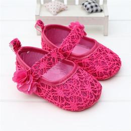 Scarpe da bambina neonata con fiore Principessa Hook Rosa Flower Design Toddler Mocassini Primi camminatori Scarpe Chaussures Filles da