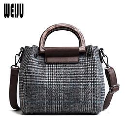 Шерстяные сумочки онлайн-WEIJU Fashion Design Wool Women Handbag 2Pcs Composite Bag Plaid Ladies Crossbody Bags for Women Handbags Vintage Female Bags