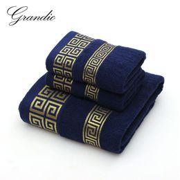 2019 toalla diadema arco 100% algodón Juego de toallas para baño 2 Manos Toalla de cara 1 Baño para adultos 3 Colores sólidos Toallita Toallas deportivas de viaje