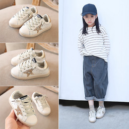 sneakers coreano Sconti Newborn Baby Shoes Nuova moda coreano autunno bambini Sneaker Retro Five Stars modello bambini in vera pelle per il tempo libero scarpe bambino Prewalker
