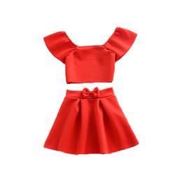 L'insieme dell'abbigliamento delle neonate di estate mette in risalto la maglietta senza bretelle della maglietta e le camice del tutu senza bretelle rosse del collare 2 mette le vendite calde da