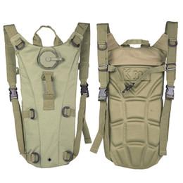3L Portable Hydration Packs Camo Tactical Bike Bicicletta Cammello Sacchetto della vescica dell'acqua Assault Zaino Campeggio Escursionismo Sacchetto Sacchetto di acqua da