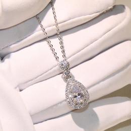 Pendentifs en forme de goutte d'eau en Ligne-Top vente en gros professionnel bijoux de luxe goutte d'eau collier 925 Sterling argent poire forme topaze CZ diamant pendentif pour les femmes cadeau