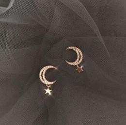 Luna orecchino online-orecchini gioielli di design per le donne zircone stelle orecchini di fascino della luna delicato orecchino quotidiano moda calda senza spese di spedizione