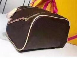 493614c81aecb 2019 große brust frau 2018 Männer und Frauen USB Chest Bag Sling Tasche  große Kapazität Handtasche