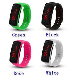 2019 rastreador de celular android Atacado Nova Moda Esporte LED Relógios Candy Jelly homens mulheres de Borracha de Silicone Tela de Toque Digital Relógios Pulseira relógio de Pulso