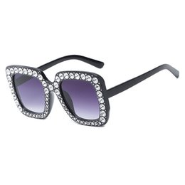 Wholesale special drive - Luxury Brand Sunglasses Large Frame Elegant Special Designer with Diamond Frame Fashion trend women sunglasses for party