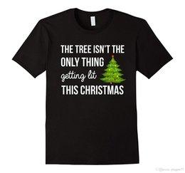 The Tree Is not The Only Thing Getting Lit Quest'anno T-Shirt 2017 Vendita calda Super Fashion Print T Shirt Uomo Estate Style da luci di albero estivo fornitori