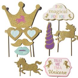 Karikatür Unicorn DIY Photo Booth Dikmeler Sevimli Fotoğraf Prop Bebek Doğum Günü Noel Düğün Süslemeleri Sıcak Satış 10md C nereden