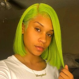 Pelucas de pelo corto para barato online-Pelucas llenas del pelo humano del cordón de Bob del cortocircuito peruano para las mujeres negras Pelucas delanteras del cordón del verde fluorescente barato con el pelo del bebé 130% de la densidad