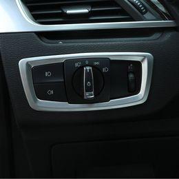 Interruptor de faro bmw online-Estilo de fibra de carbono Interruptor de faro de coche Botón Decoración de marco Cubierta para BMW X1 F48 2016-18 X2 F39 2018 ABS Styling
