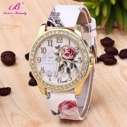 2019 Luxury Flower Butterfly Women Relojes Relogio Feminino PU Leather Watch Crystal Rhinestone Dress Reloj de cuarzo Reloj desde fabricantes
