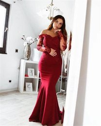 sexy back cutout prom kleider Rabatt Weg von der Schulter Abendkleid mit langen Ärmeln besonderen Anlass Kleid Ausschnitt zurück Meerjungfrau Abendkleid Spitze
