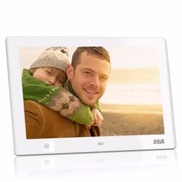 Wholesale video card pictures - 10.1 inch Digital Photo Frame With Clock Photo MP3 MP4 Movie Player And Remote 1280X800 IPS pixel HD Video Digital Picture frame