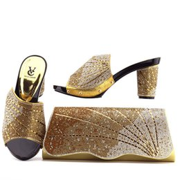 Wholesale Matching Shoes Bags Heel - 2018 Latest Gold Italian Shoes With Matching Bags Nigeria Wedding Shoes And Bag To Match Stones African Shoe And Bag Set For Parties