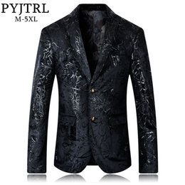 PYJTRL Alta qualità Autunno Inverno Moda Slim Fit Velluto casual Blazer Uomo  Plus Size DJ Singer Suit Jacket Coat Men Abbigliamento inverno blazers di  moda ... f2f12bc57e0