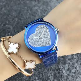 Reloj de pulsera de cuarzo de la marca FOSS para mujer Chica con esfera de acero de amor estilo corazón Dial FO7220 desde fabricantes
