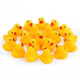 Wholesale rubber duck bath - Wholesale Safety Baby Bath Water Toy Floating Yellow Rubber Ducks Kids Toys Cute Swimming Duck Toy Shower Beach Play Set WT001